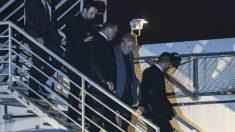 El ex presidente Lula da Silva a su llegada a la prisión de Curitiba donde cumplirá su condena por corrupción. Foto: AFP