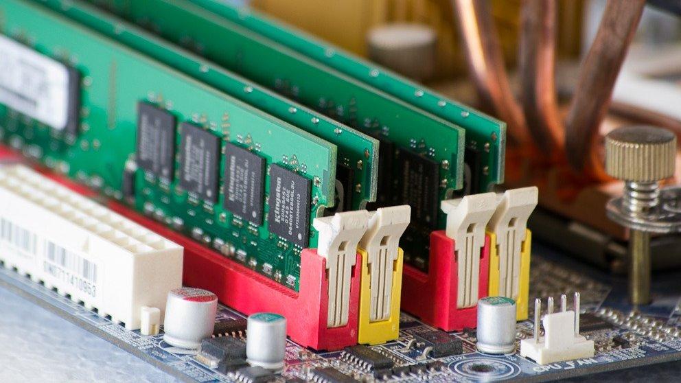 Aprende a optimizar y liberar la memoria RAM de tu ordenador.