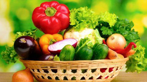 Las verduras y las hortalizas de hoja verde son saludables para nuestro cerebro.