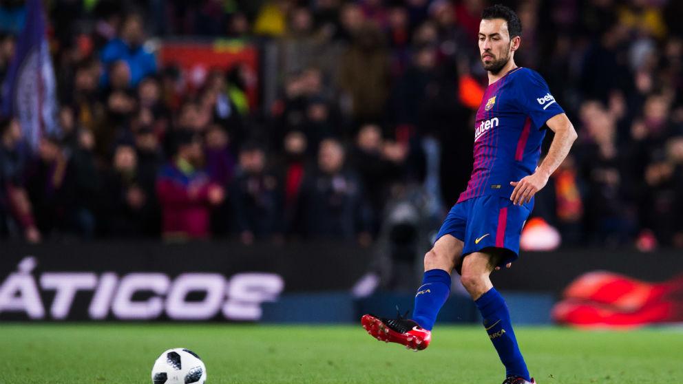 Sergio Busquets, durante un partido con el Barcelona. (Getty)