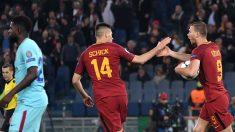 Dzeko celebra su gol ante el Barcelona (AFP).