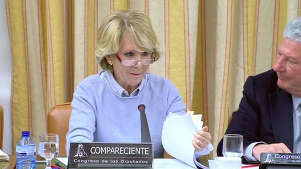 Esperanza Aguirre en la comisión de investigación de la financiación ilegal del PP en el Congreso de los Diputados.