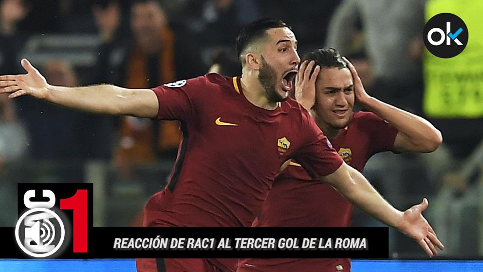 Los jugadores de la Roma celebran el gol de Manolas.