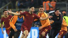 Los jugadores de la Roma celebran incrédulos su triunfo ante el Barça. (AFP)