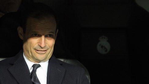 Allegri, en el banquillo del Bernabéu. (Foto: Enrique Falcón)