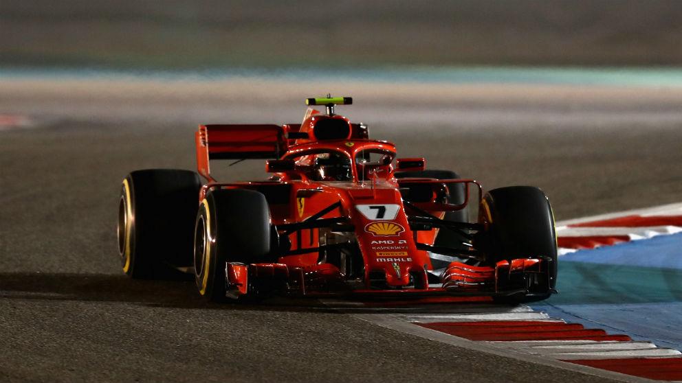 Ferrari, a pesar de haber ganado las dos primeras carreras del año, no se fía de que Mercedes no pueda darle la vuelta a la tortilla. En Maranello trabajan a destajo para llevar el mundial de vuelta a Italia más de una década después. (Getty)