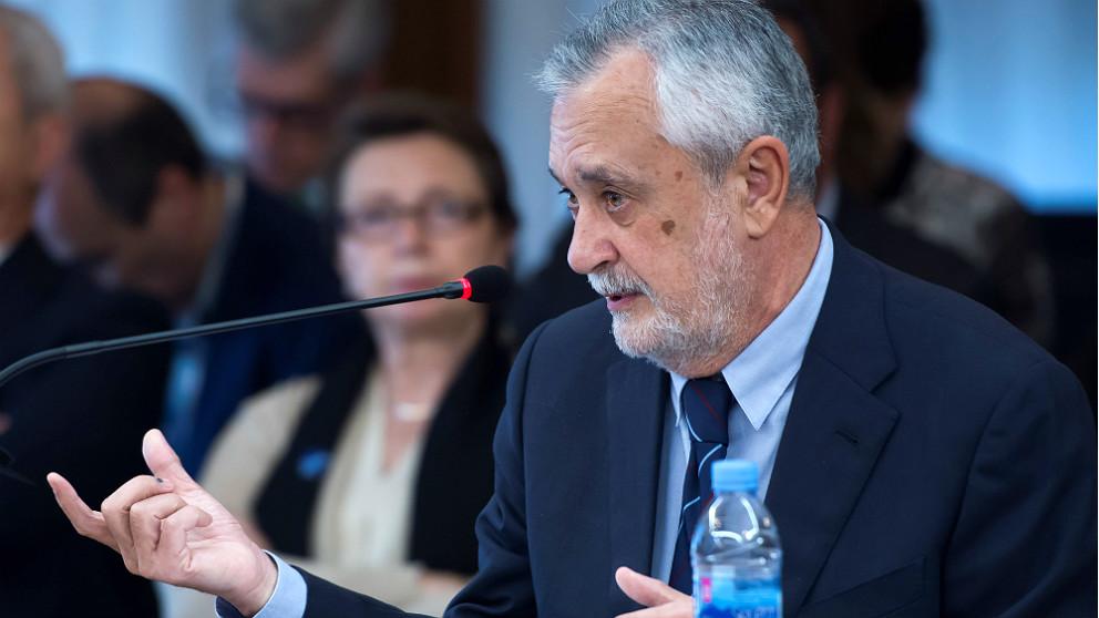 El ex presidente de la Junta de Andalucía José Antonio Griñán declara en el juicio del caso ERE. (EFE)