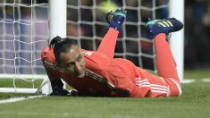 Keylor Navas, en el suelo tras uno de los goles de la Juventus. (AFP)