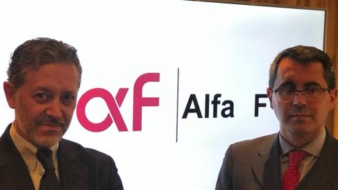 Mariano Alonso, presidente del consejo de administración y director general de MundoFranquicia, y Diego Guerreo, Director de desarrollo de negocios de ALA F.