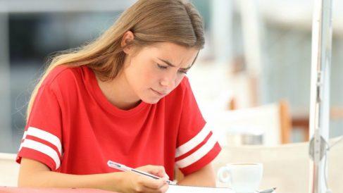 Todos los pasos para saber cómo hacer un comentario de texto.