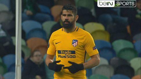 Diego Costa se marchó lesionado en Lisboa. (captura de pantalla)