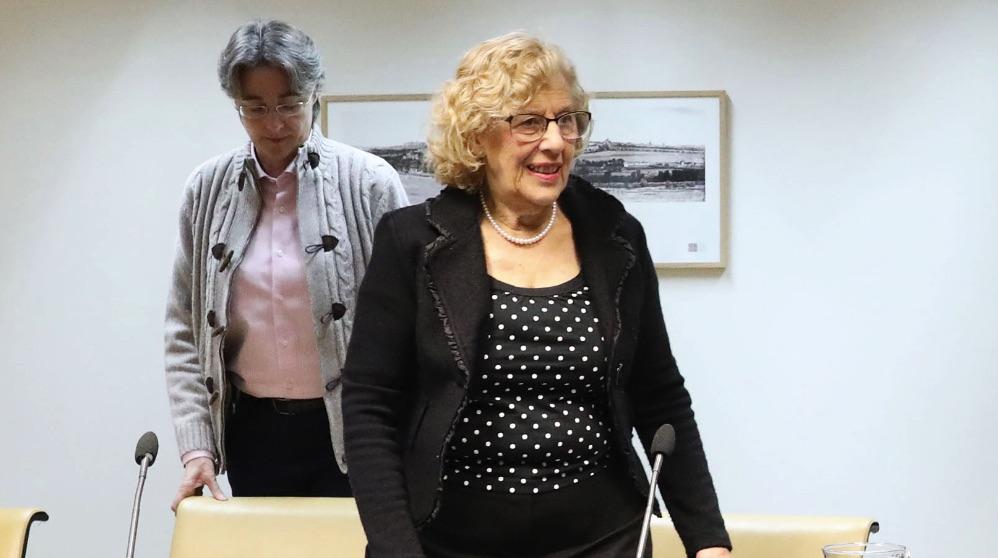 Manuela Carmena junto a Marta Higueras, edil de Equidad, Derechos Sociales y Empleo. (Foto. Madrid)
