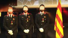 Entrega de medallas a los mossos en el Día de las escuadras (Foto:Facebook)