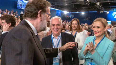 Mariano Rajoy, con Cristina Cifuentes, en la Convención Nacional del PP.