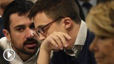 Espinar con Errejón y Aguirre en un desayuno informativo. (Foto: EFE)
