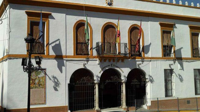 Muere un niño de dos años tras caer una cornisa en Villamanrique de la Condesa (Sevilla)