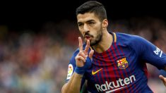 Luis Suárez celebra su gol frente al Valencia. (EFE)