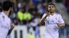 Casemiro celebra su gol ante el Málaga con Isco, asistente en el mismo (AFP).