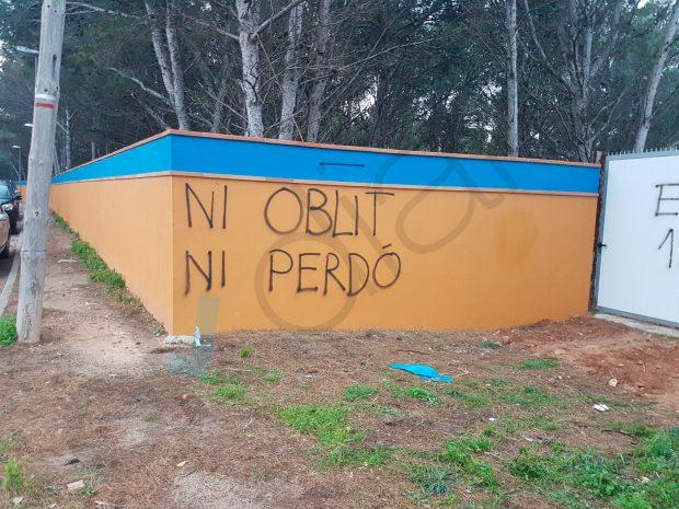 "Atacan el camping que acogió a la Guardia Civil tras el 1-O: ""Destrozaron todo a 300 metros a la redonda"""