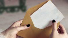 Una mujer herida al explotar una carta.
