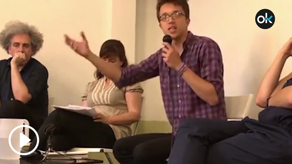 Íñigo Errejón en una charla con militantes de Podemos