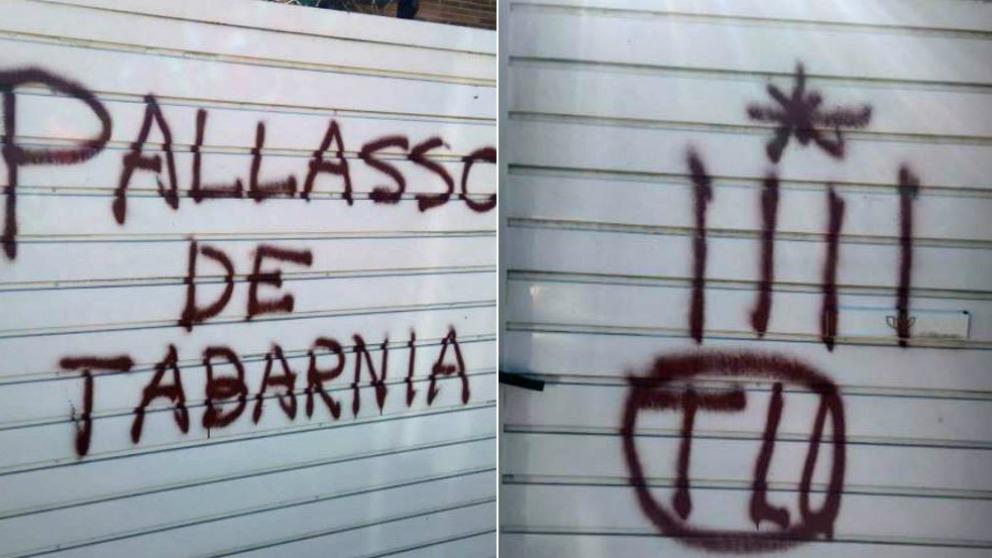 Pintadas independentistas en la casa de Tomás Guasch. (Twitter: @sguasch)