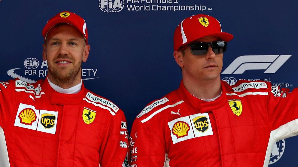 Kimi Raikkonen, junto a Vettel en un podio   Ferrari   Fórmula 1   F1 2018. (Getty)