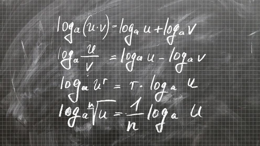 Aprende a resolver logaritmos paso a paso.