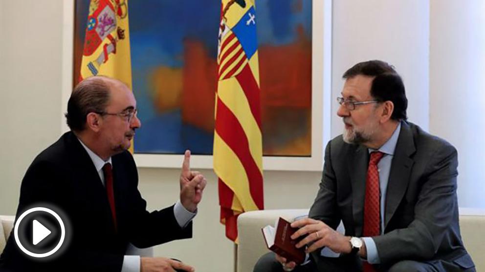 Mariano Rajoy con Javier Lambán (EFE).