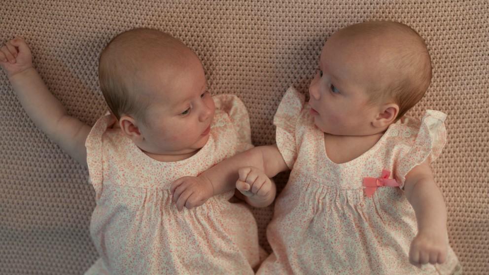 dormir a gemelos