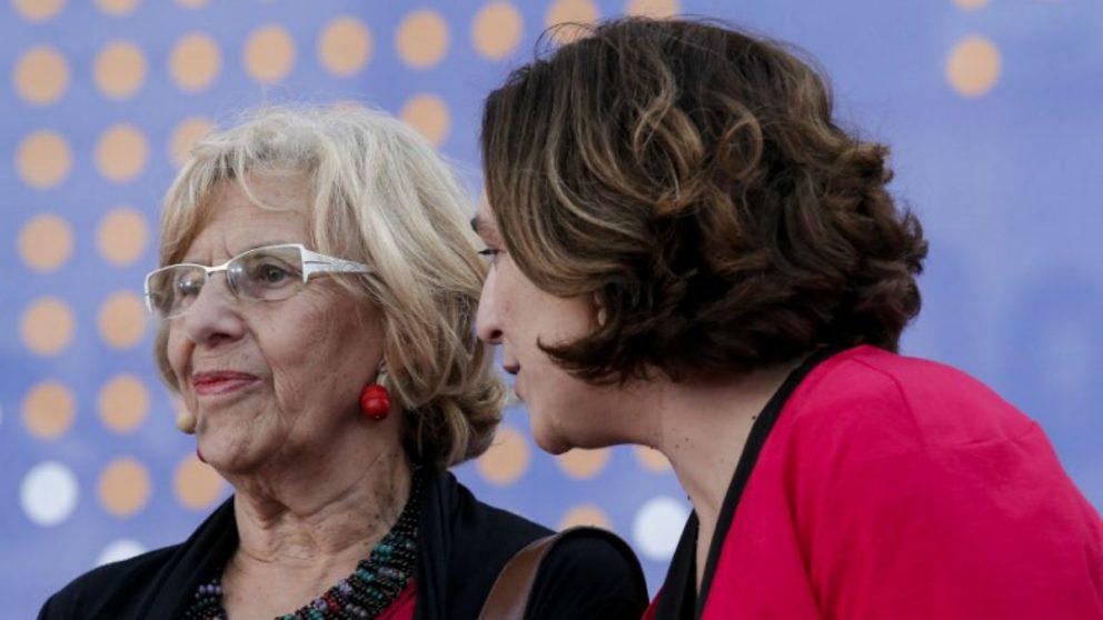 Ada Colau y Manuela Carmena serán dos de las ausencias del palco en la final de Copa del Rey (AFP).