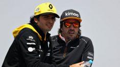 Carlos Sainz y Fernando Alonso contarán con un motor mejorado desde mitad de temporada que supondrá que sus monoplazas sean hasta medio segundo más rápidos por vuelta. (getty)