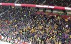 """Los aficionados del Barça no independentistas silenciaron los cánticos separatistas: """"¡Qué viva España!"""""""