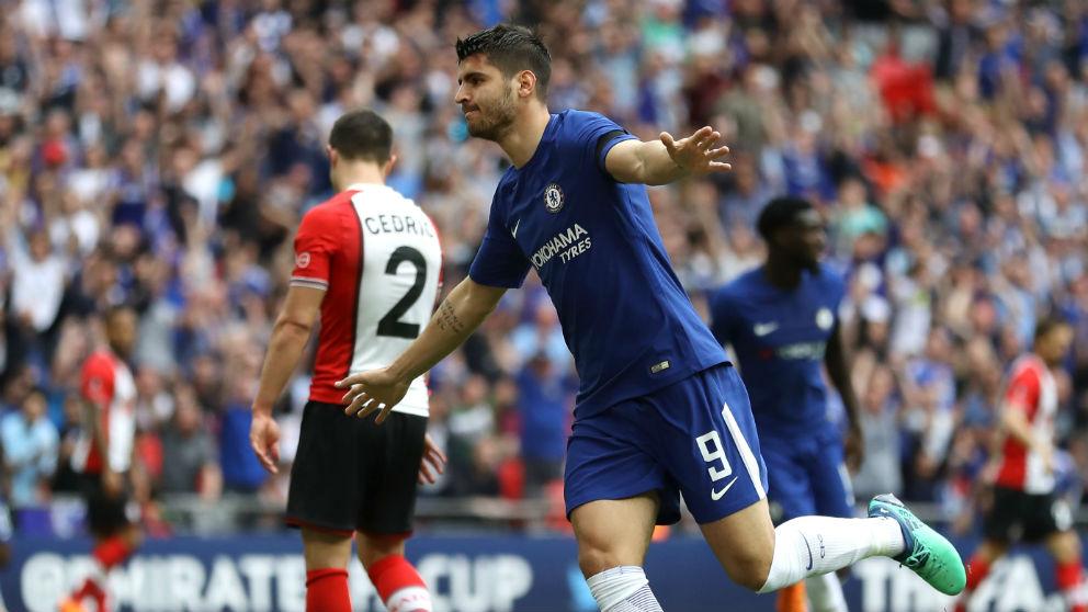 Álvaro Morata marcó el segundo gol del Chelsea ante el Southampton. (Getty)