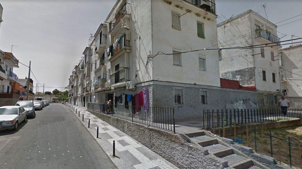 Calle Amantia Cobos, en San Juan de Aznalfarache (Sevilla9; donde se produjo el suceso.