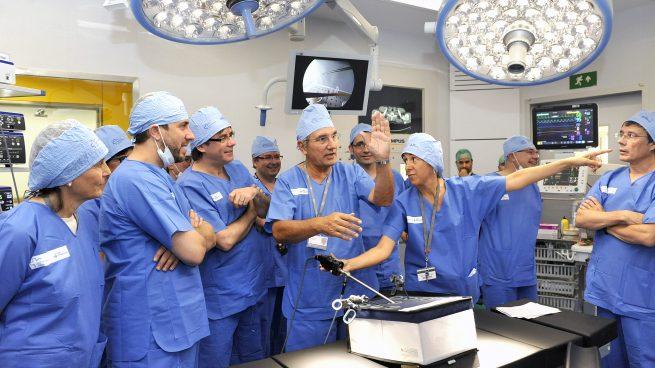 El procés espanta a los médicos: sólo una de las 10 mejores notas MIR elige un hospital catalán