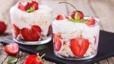 Receta de Eton mess de fresas, merengue y nata fácil de preparar