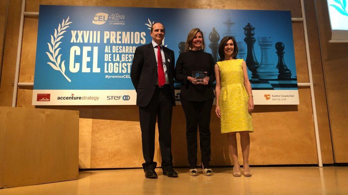 José Estrada, director general del CEL, Blanca Sorigué, directora general del Consorci de la Zona Franca de Barcelona y del SIL, y Ana Isabel González Herrera, presidenta del CEL.