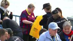 La Policia en la final de Copa requisa propaganda separatista.