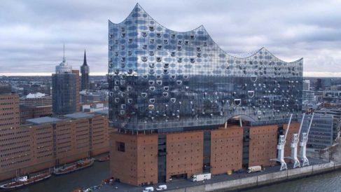 Fachada de la Ópera de Hamburgo.