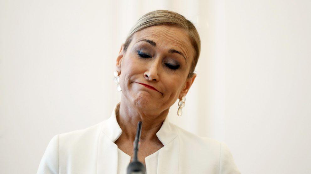 Cristina Cifuentes, ex presidenta de la Comunidad de Madrid, en su comparecencia de dimisión. (Foto: EFE) | Última hora Cifuentes hoy