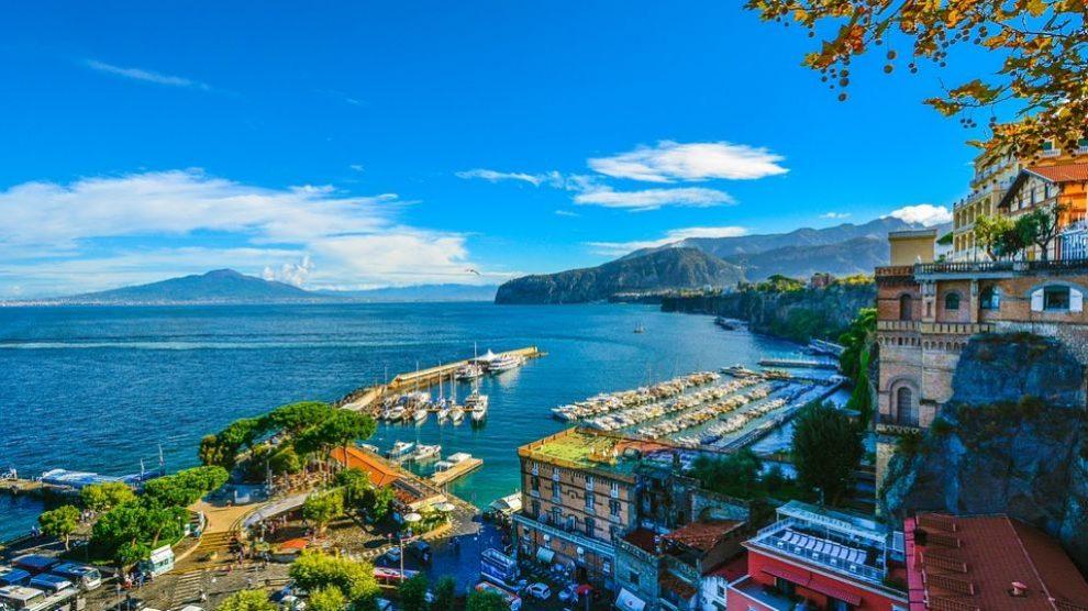 Rincones, lugares, restaurantes y playas que descubrir en la costa azul