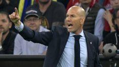 Zinedine Zidane, dando órdenes durante el Bayern – Real Madrid (AFP).   Barcelona – Real Madrid   Clásico