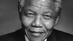 El 27 de abril de 1994 Nelson Mandela gana las elecciones en Sudáfrica
