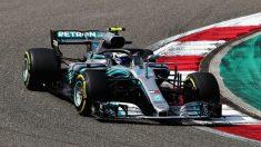 Valtteri Bottas ha comenzado mandando en Azerbaiyán, en una sesión de entrenamientos libres en la que Fernando Alonso ha acabado séptimo. (Getty) | GP Azerbaiyán Fórmula 1: Entrenamientos libres