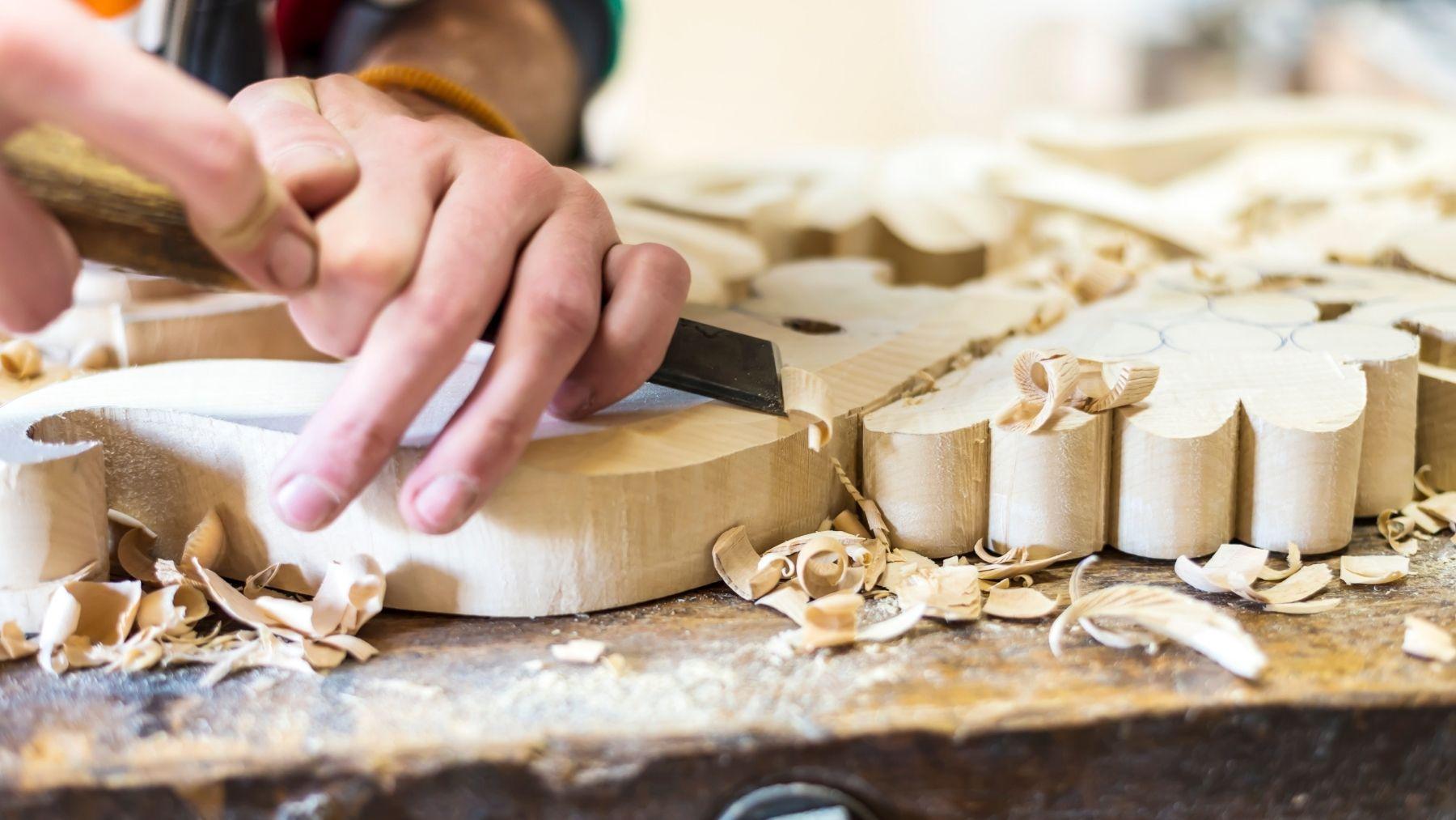 Cómo tallar en madera