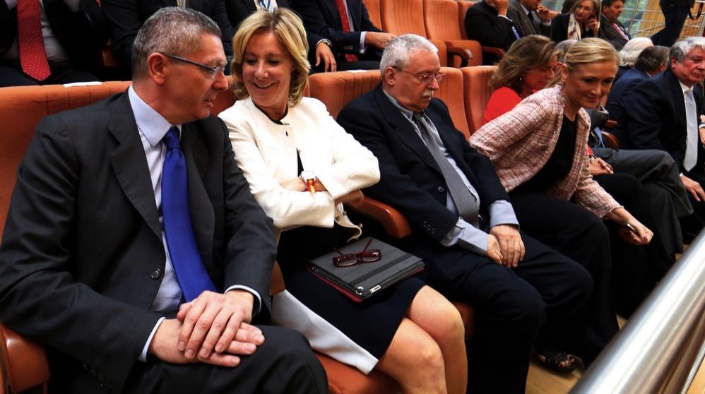 Alberto Ruiz-Gallardón, Esperanza Aguirre, Joaquín Leguina y Cristina Cifuentes en 2012. (Foto. Comunidad)