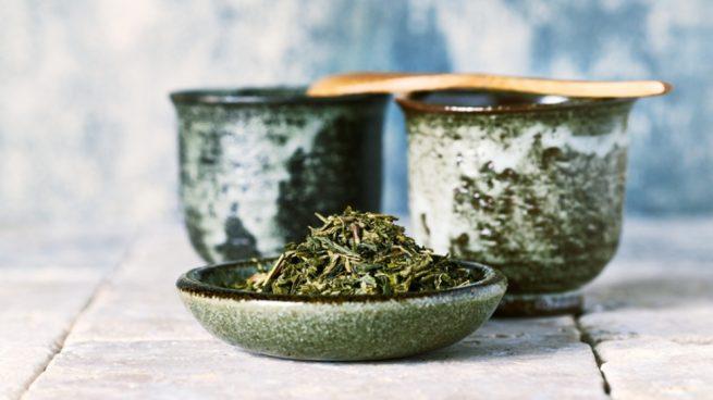 Hacer un cataplasma casero con plantas medicinales