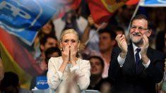Cristina Cifuentes con Mariano Rajoy. (Foto: AFP) | Última hora Madrid
