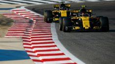 Carlos Sainz batió claramente a su compañero de equipo Nico Hulkenberg en Bakú, provocando el error del piloto alemán en plena carrera, lo que le llevó al abandono. (getty)